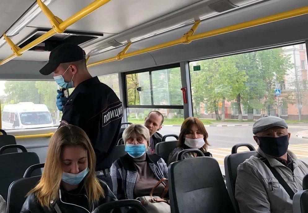 На Дону возобновили полицейские рейды по соблюдению мер предосторожности против коронавируса