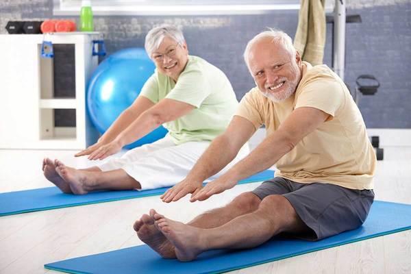 Эксперты рассказали, почему пожилым людям нужно посещать спортзал