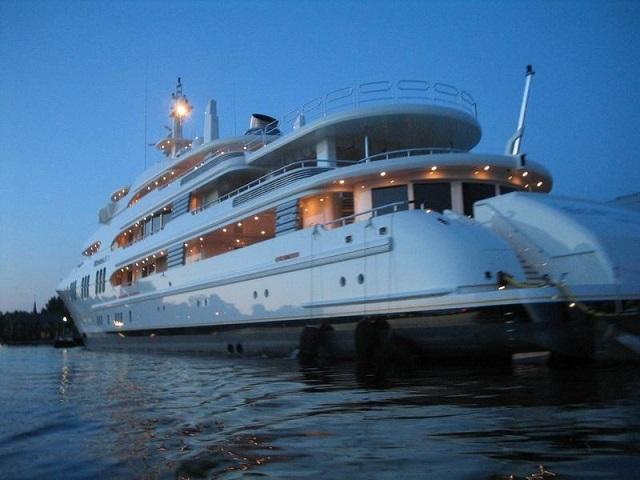 Власти Хабаровска потеряют миллионную яхту