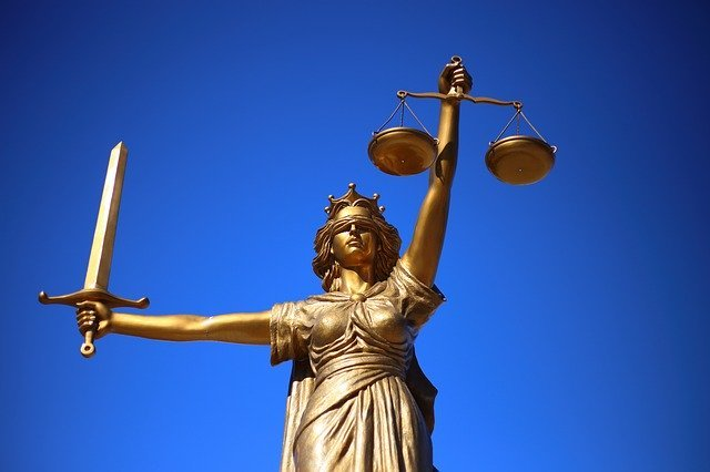 В Волгограде будут судить адвоката за мошенничество в особо крупном размере