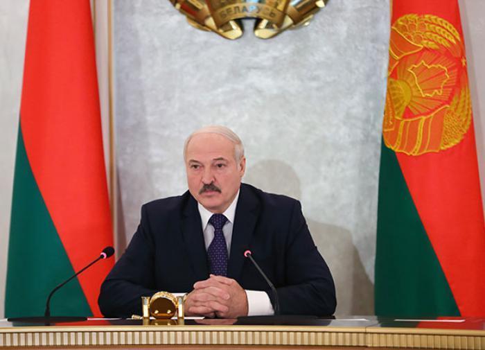 Белоруссия отказалась от помощи Всемирного банка и требований ввести карантин