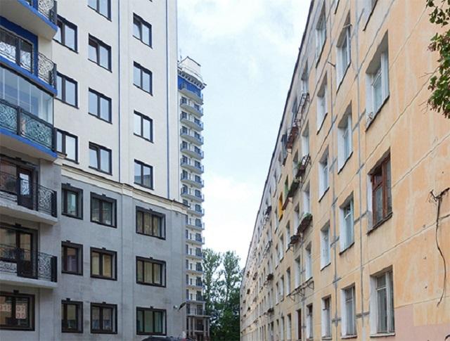 Столичным властям невыгодно строить высотные дома по реновации