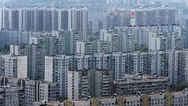 Дома-муравейники могут привести к перенаселению столичного мегаполиса