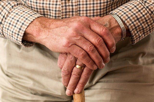 В Нижегородской области гостьи украли у пенсионерки 130 тыс. рублей