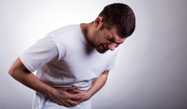 Опасная  болезнь печени провоцируется жирной едой