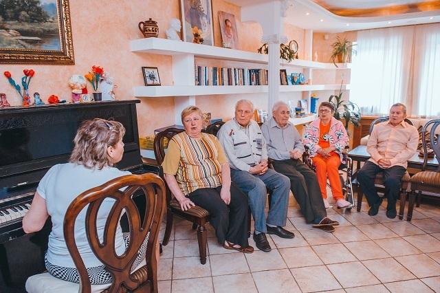 Голикова: к строительству домов престарелых будет привлечен частный бизнес