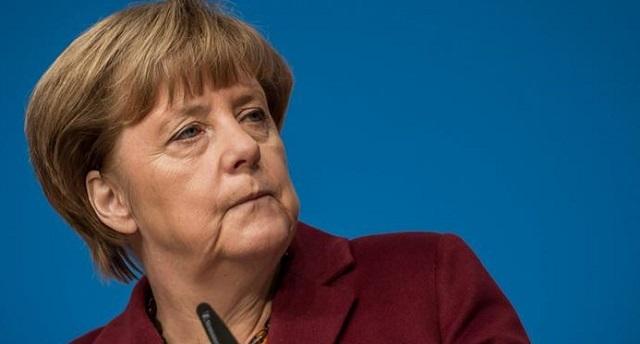 Меркель считает нужным усилить роль евро в мировой экономике