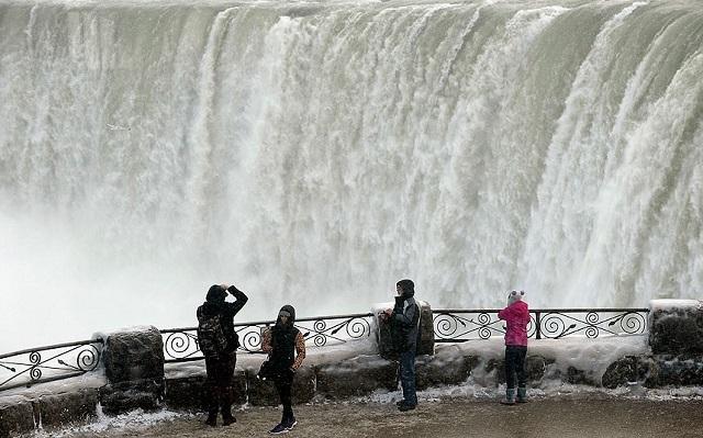 Ниагарский водопад может превратиться в большую сосульку