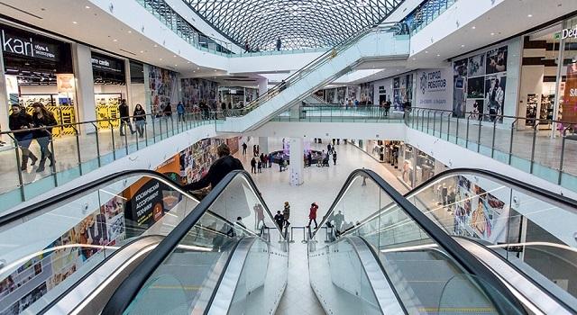 В России более 300 торговых центров закрыты из-за нарушений