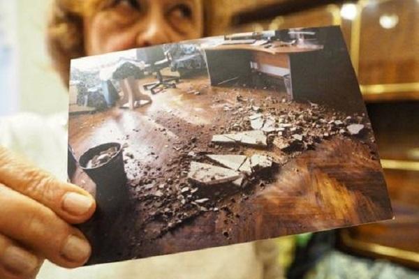 В дома Елисеева у петербурженки из-за протечки обрушился потолок