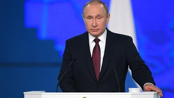 Путин поручил за два года решить проблему со школами, где нет отопления и канализации
