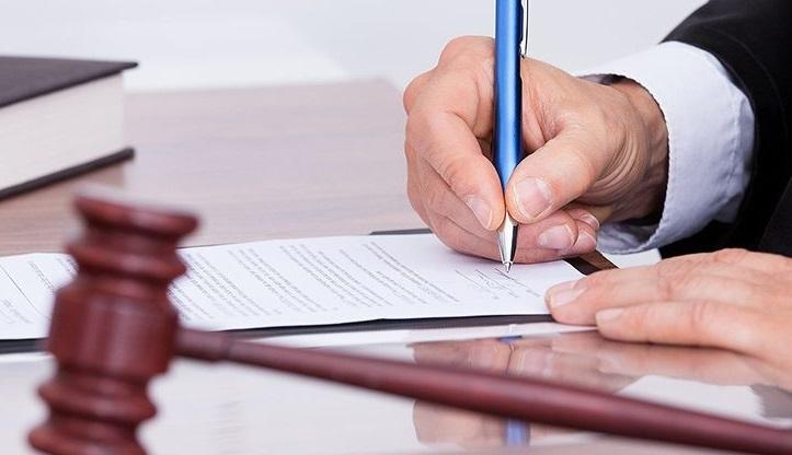 Юристы Пригожина нашли признаки преступления в публикациях Милова и Соболь