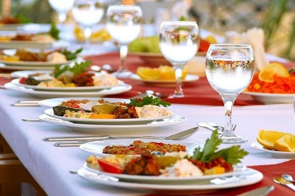 Госслужащим в Израиле запретили жирное и соленое