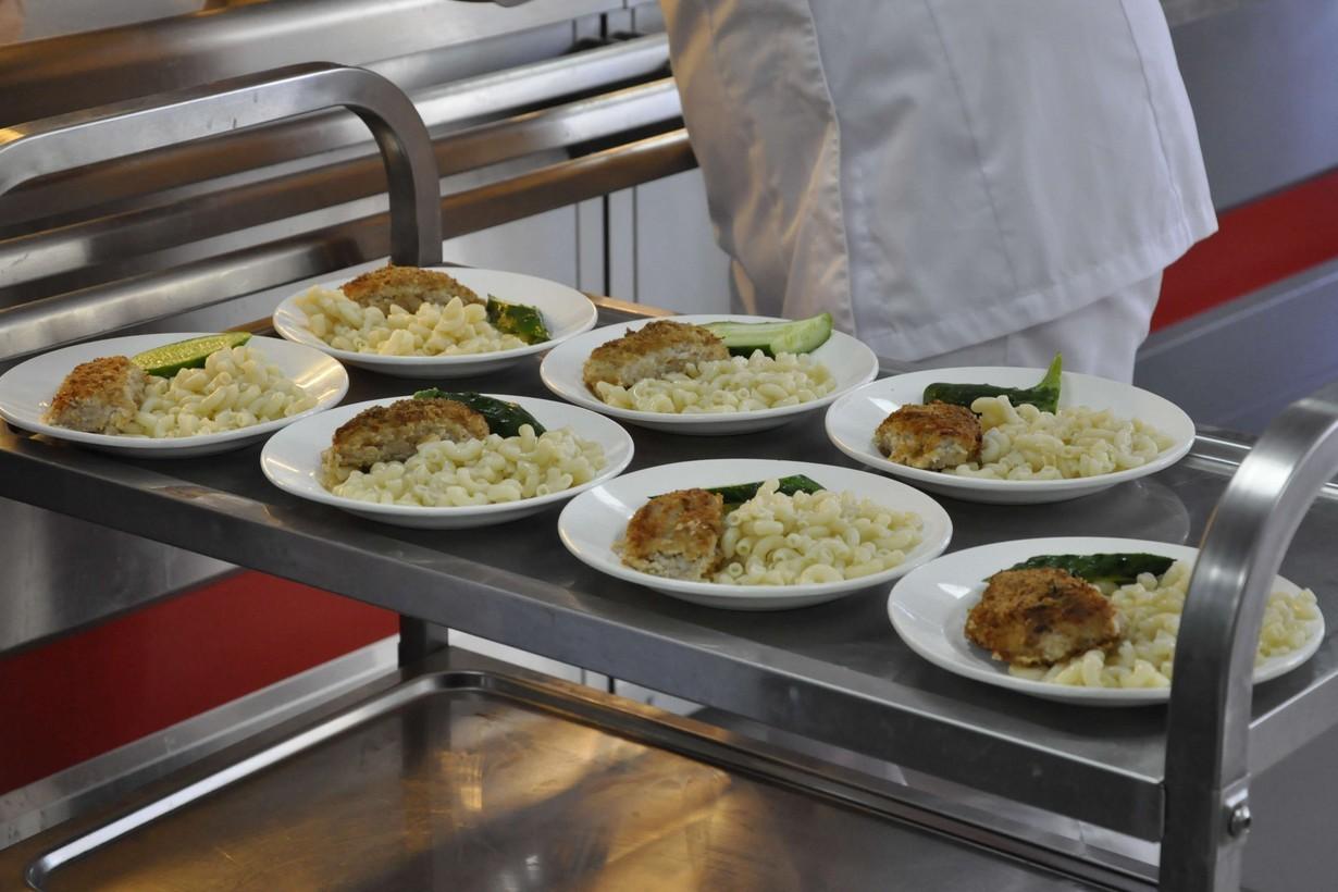 Регионы рассчитывают на федпрограмму по ремонту школьных пищеблоков