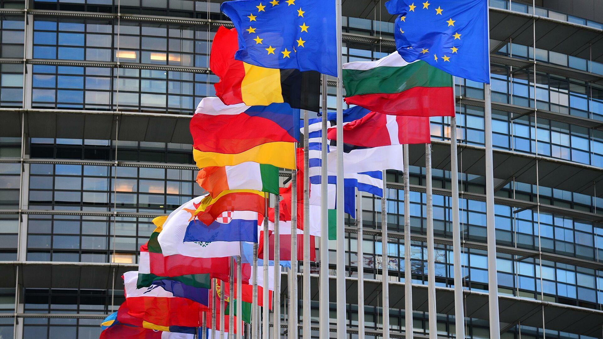 Страны ЕС угрожают остановить финансовую помощь ЦАР из-за дружбы с Москвой