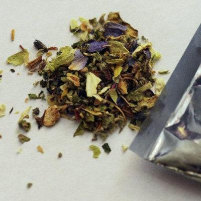 В Челябинске 12-летняя школьница продавала смесь для курения