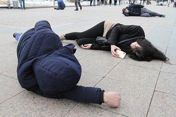Флешмоб в Тюмени: жители вышли на пикет против повышения тарифов ЖКХ