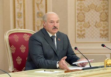 Лукашенко призывает полностью отказаться от импортной косметики