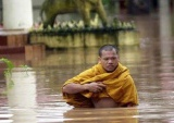 Застрявших в Таиланде туристов вывезут корабли ВМС