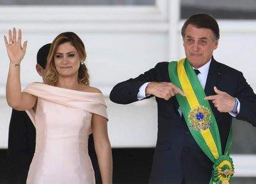 У жены президента Бразилии обнаружили коронавирус