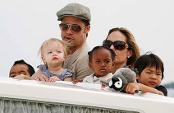 Многодетные Джоли и Питт ждут ребенка
