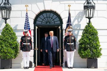 Трамп снова заявил о фальсифицированных результатах президентских выборов