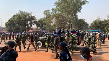 Президент ЦАР отметил стабилизацию жизни накануне годовщины национального праздника